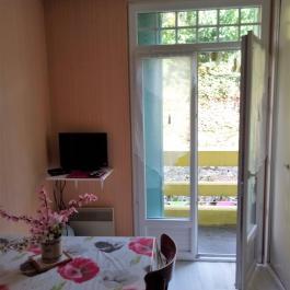 Capvern location appartement villa mary STUDIO N°4 COIN REPAS