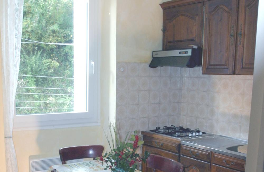 Capvern location appartement villa mary T1BIS N°2 Cuisine