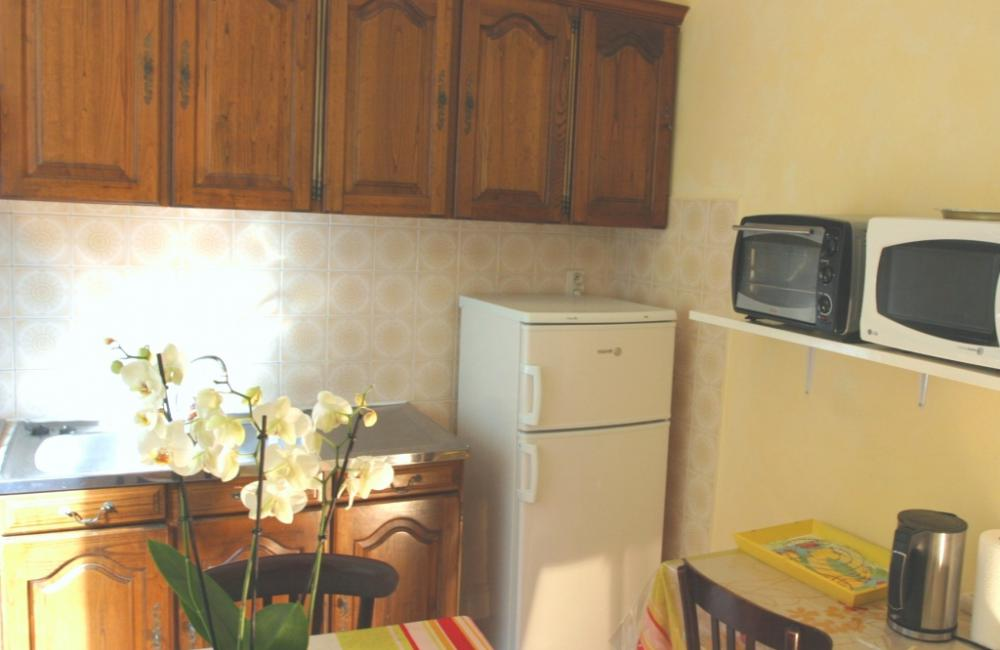 Capvern location appartement villa mary T1BIS N°6 CUISINE