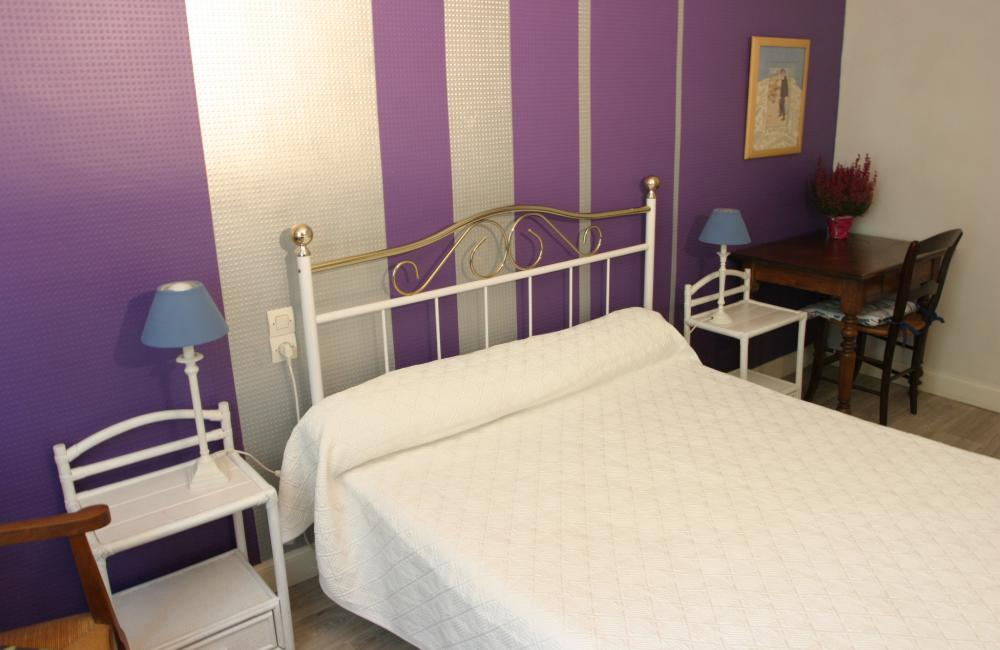 Capvern location appartement villa mary T2 N°7 CHAMBRE