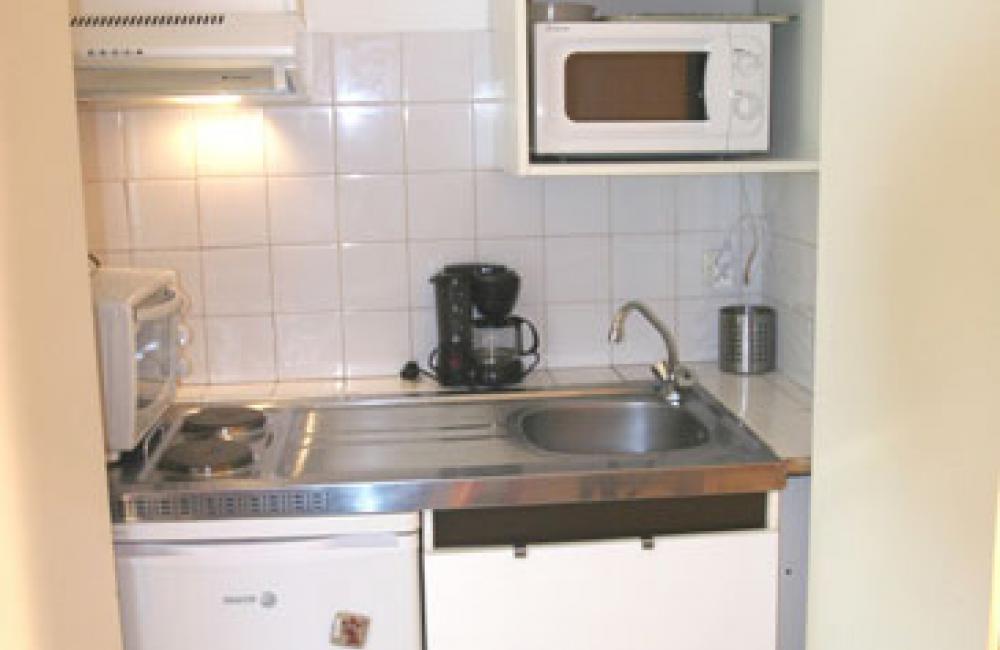 Capvern location appartement villa mary  N°4 studio coin cuisine