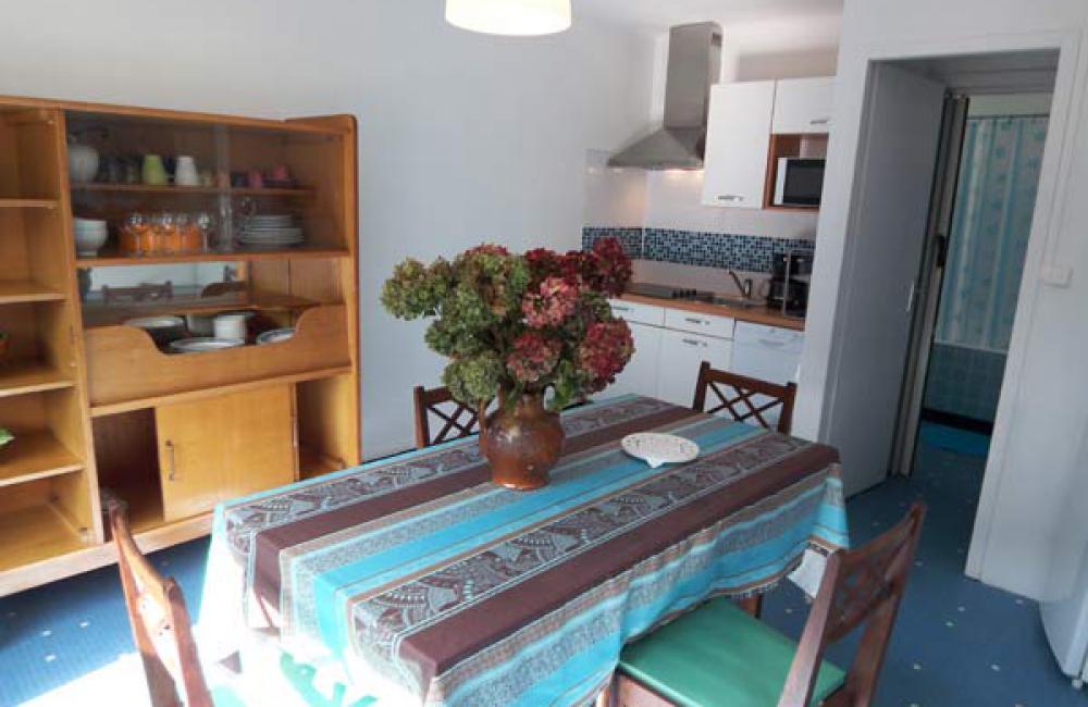 Capvern location appartement PLEIN SOLEIL T2 N°3 Séjour lumineux